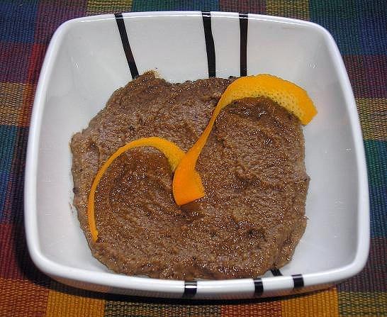Crema dulce de naranja y algarroba