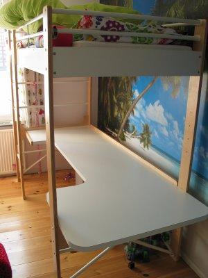 ikea hack: escritorio en la litera