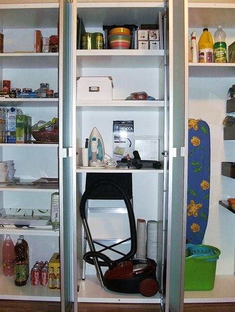 El armario escobero despensa de aicul paperblog - Armarios para despensa ...
