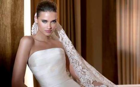 vestidos de noche cortos 2011. vestidos de novia cortos.