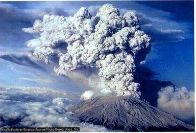 Seguimiento de la erupción del volcán Eyjafjälla en Troposfera.org