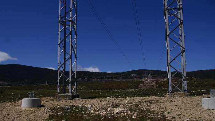Línea de Muy Alta Tensión en la Sierra de Guadarrama