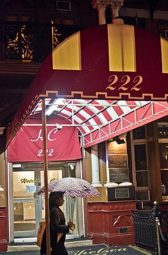 Postales neoyorquinas: el Chelsea Hotel....