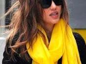 ¿Por bufandas Jessica Alba?