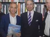 Joaquín Torres leonés Rafael Llamazares publican 'Vivir arquitectura' Cultura Diario León