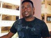desconocido quiere joder Mayimbe Anthony Santos!