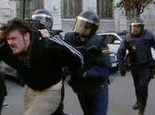 gobiernos poco democráticos miman policía Ejército