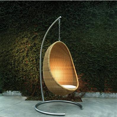 El rinc n de almudena v sillas colgantes paperblog for Silla huevo colgante