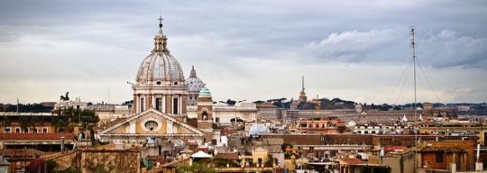 """La """"vuelta a Roma"""" en cuatro plazas"""