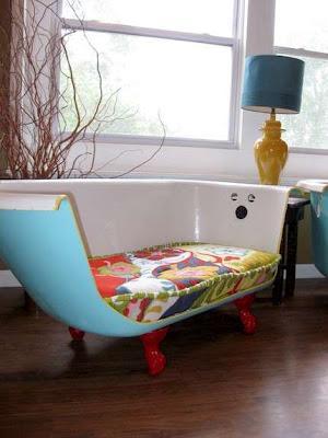 Reciclaje de Bañeras antiguas a sofás modernos