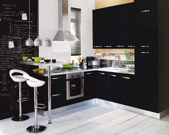 cocina decorada en negro