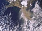 Evolución penacho ceniza volcán Eyjafjälla vista desde satélite