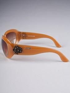 patilla K 226x300 Las gafas de sol: bueno, bonito y barato