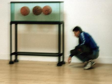 Eva y Franco Mattes en la Galería Carrol/Fletcher