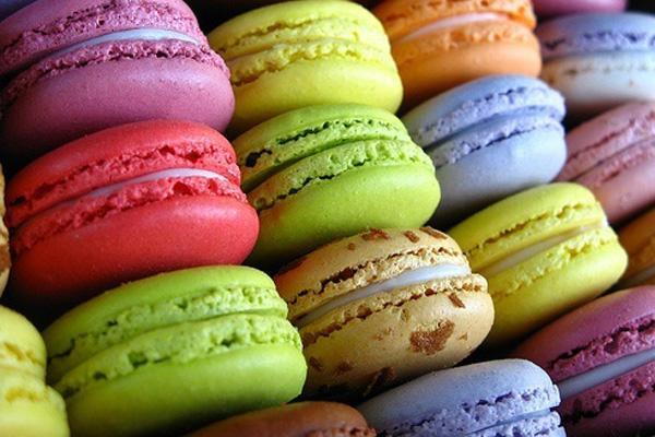 http://m1.paperblog.com/i/132/1321065/macarons-pastelitos-moda-L-PlUAu9.jpeg