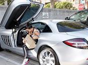 Kardashian maneja auto