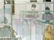 Tokio rinde homenaje icónico 'Lady Dior'