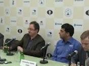 Gelfand 'regala' Anand iguala match
