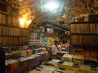 Algo sobre las disquerías europeas