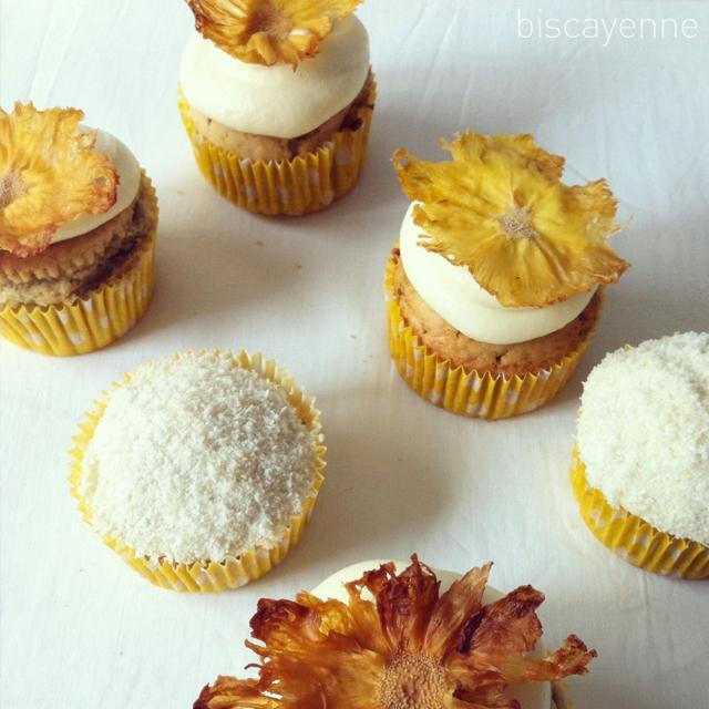 Cupcakes monistas de coco y cardamomo