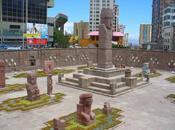 Plaza Monolito