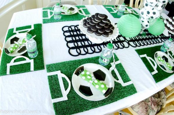 Decoración mesa de cumpleaños: Fútbol
