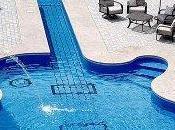 MENTIRA: Esta piscina pertenece Luis Vargas