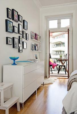 Como colgar cuadros en el estilo rustico paperblog - Que cuadros poner en el dormitorio ...