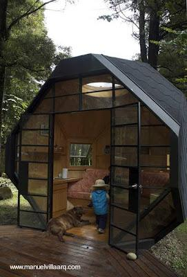 Peque a caba a de madera en el jard n paperblog for Cabanas de jardin
