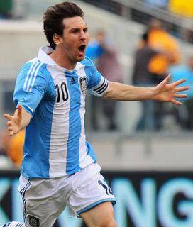 Un clásico emotivo y un Messi esplendoroso