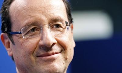 Mientras en Francia se celebran las elecciones generales, los hombres de negro llegan a España.