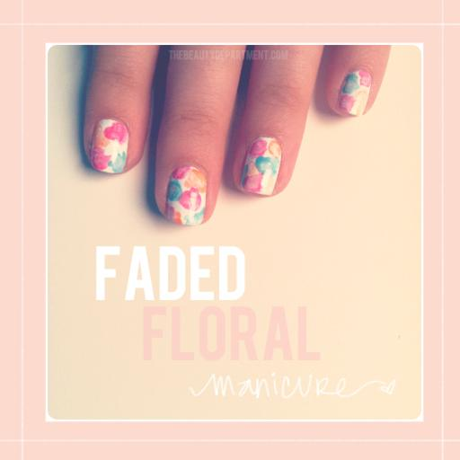 Summer pastel flowers in your NAILS