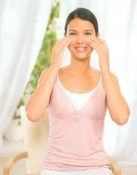 Ejercicios de estiramiento para combatir la tensión en la mandíbula