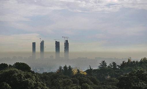 España es el país de la UE que menos aplica los impuestos por contaminar (Antonio Cerrillo)