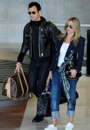Jennifer Aniston y Justin Theroux, shopping en Paris