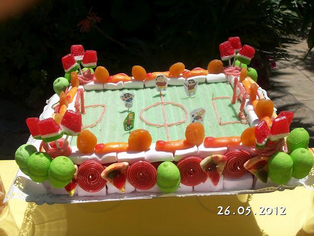Merienda de cumpleaños: un buffet de chuches sencillo