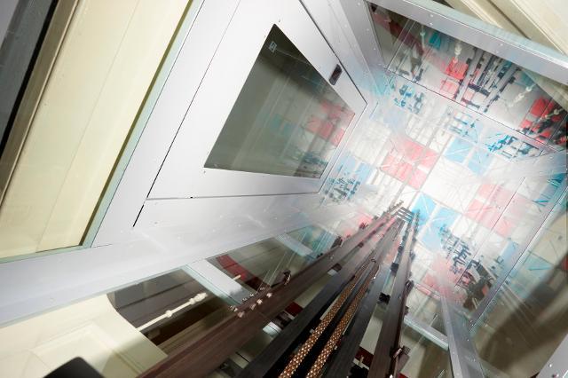 Vista interior del foso pàra elevador doméstico HE3 - Foto Cortesía ThyssenKrupp Encasa