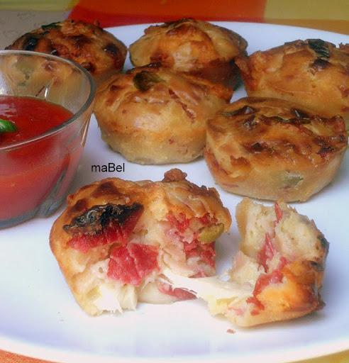 Muffins de pizza - Pepperoni Pizza Puffs