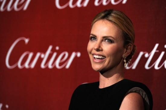Charlize Theron en Murder Mystery