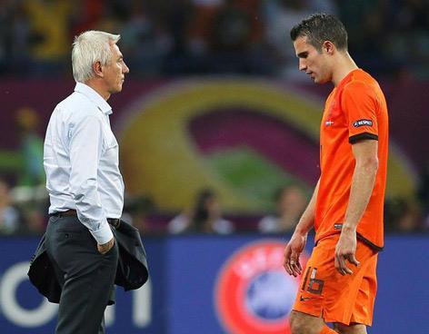 Holanda con un pie y medio afuera de la Eurocopa | Euro12