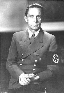 Goebbels y Dulles, prensa y propaganda, siempre la letra fue compañera del imperio (II)