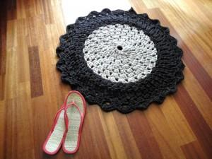 Teje una alfombra con trapillo paperblog - Tutorial alfombra trapillo ...