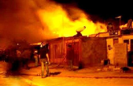 Chiapas: católicos expulsan a indígenas evangélicos tras destruir sus casas