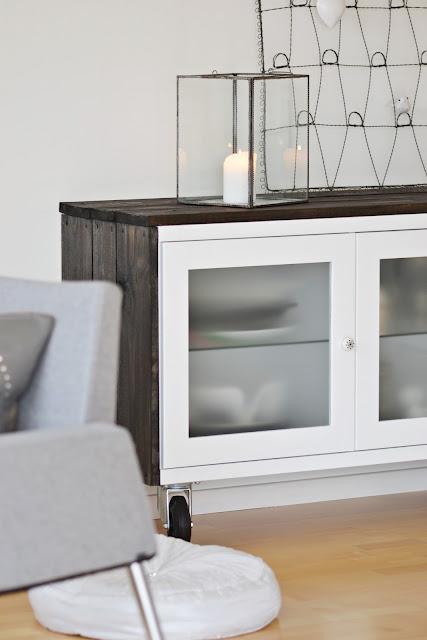 Ikea hack antes y despu s de un aparador bonde paperblog - Mesa aparador ikea ...