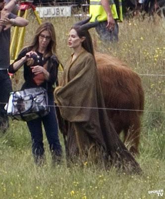 Angelina Jolie es Maléfica, fotos del rodaje.