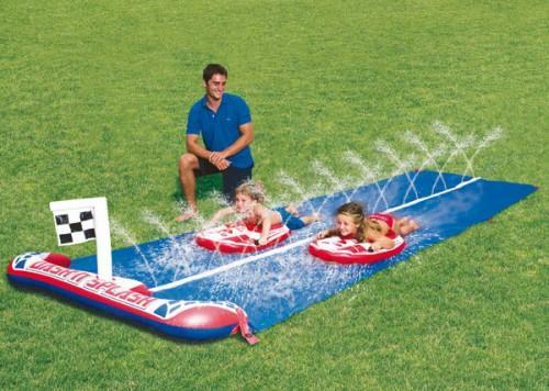 Deslizadores de agua infantiles paperblog - Hinchables de agua para piscinas ...