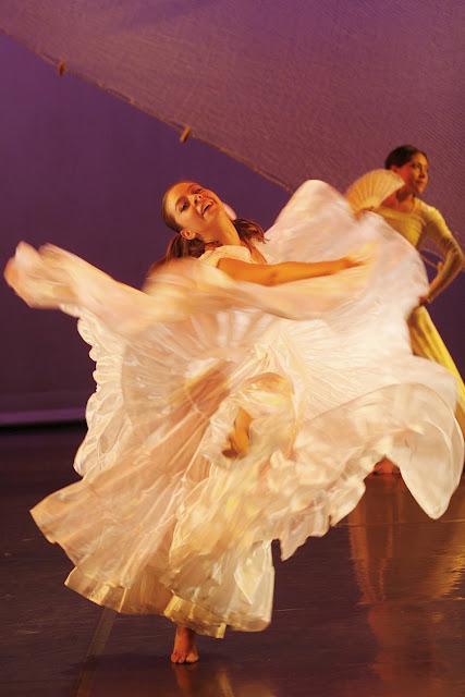 Bailarina mexicana de 18 antildeos envia video - 3 3