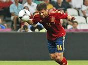 Xabi Alonso remata Francia conduce España hacia semifinales (2-0)