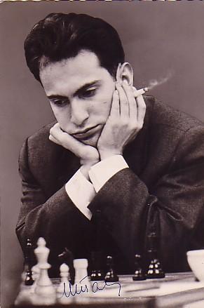 Román Torán y Mikhail Tal, genios y figuras...