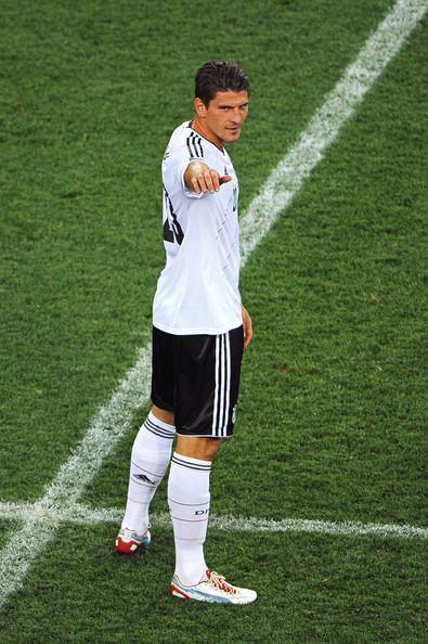 Eurocopa 2012: Alemania - Italia. Mario Gómez, goleador furtivo al servicio de la maquinaria germana